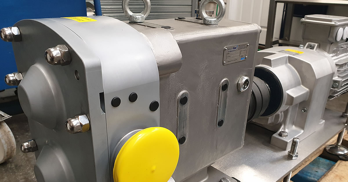 High viscosity pump assembly
